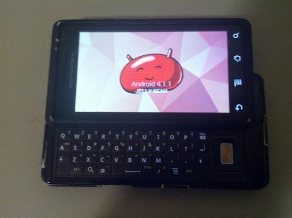 OG Motorola Droid