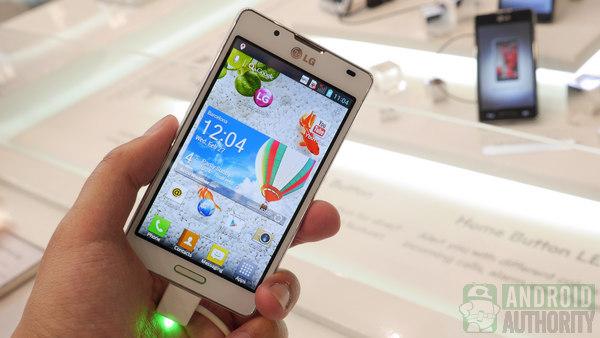 LG Optimus L7 2 aa 600 2