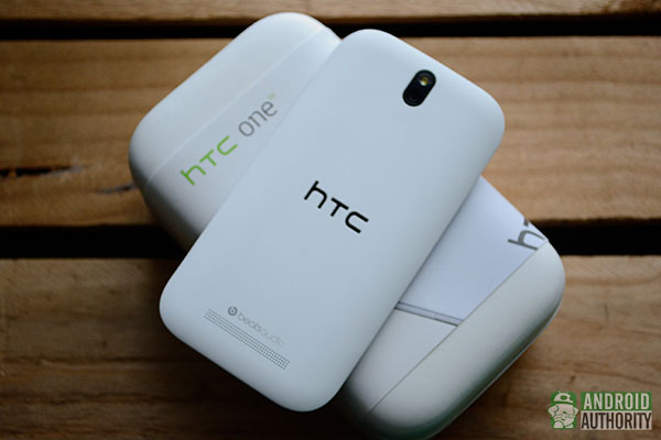 Is HTC a sinking ship? Resignations, poor sales, and absent leadership suggest so