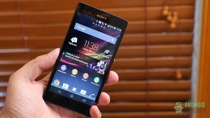 sony-xperia-z-in-hand