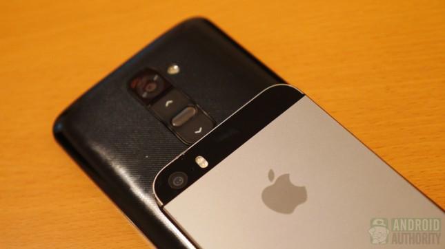 Apple iPhone 5s vs LG G2 aa 6