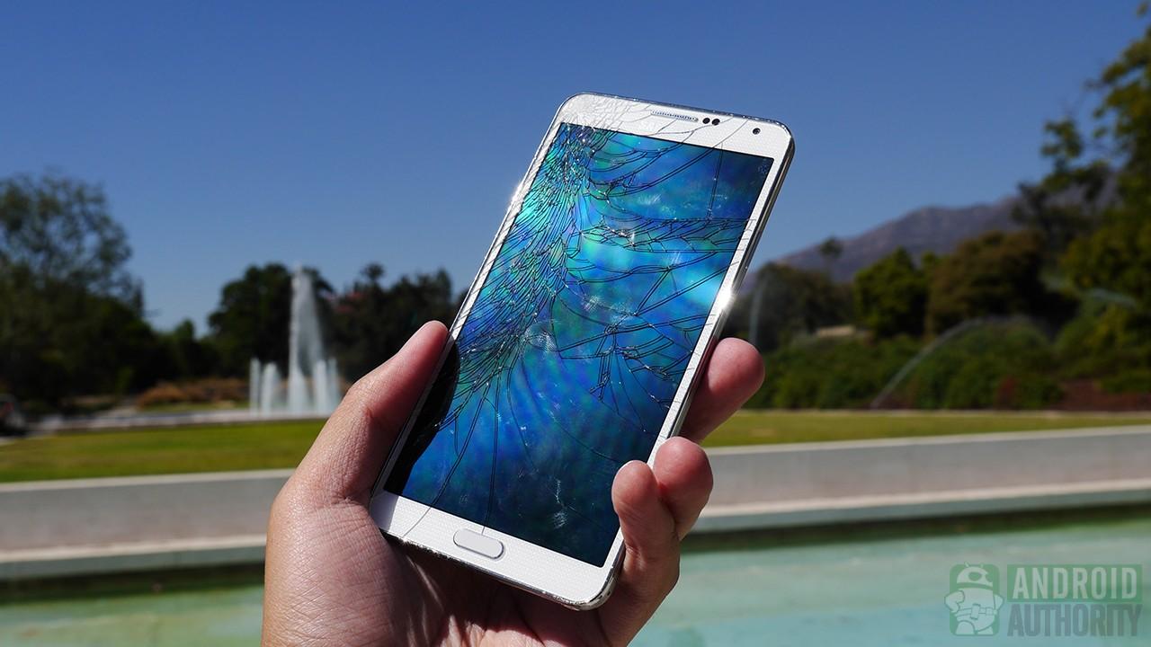 Samsung Galaxy Note 3 drop test cracked screen aa 4