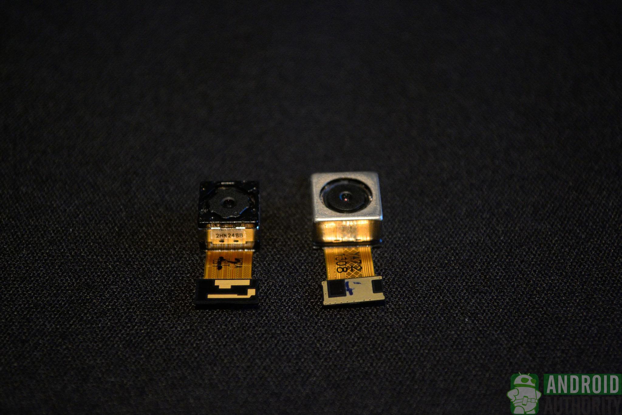 aa-lg-g2-camera-sensor(left)-with-g-sensor(right)