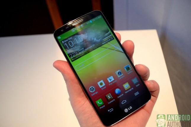 aa-lg-g2-in-hand-front-2
