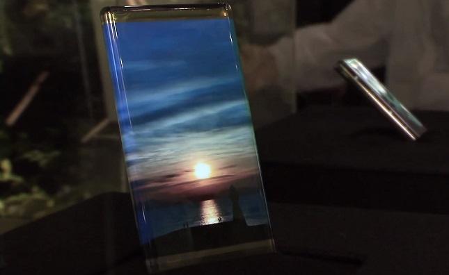 side-flexible-display