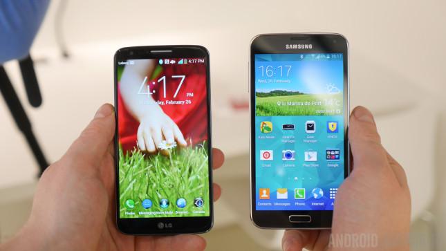 LG G2 vs Samsung Galaxy S5 Hands On -1160923