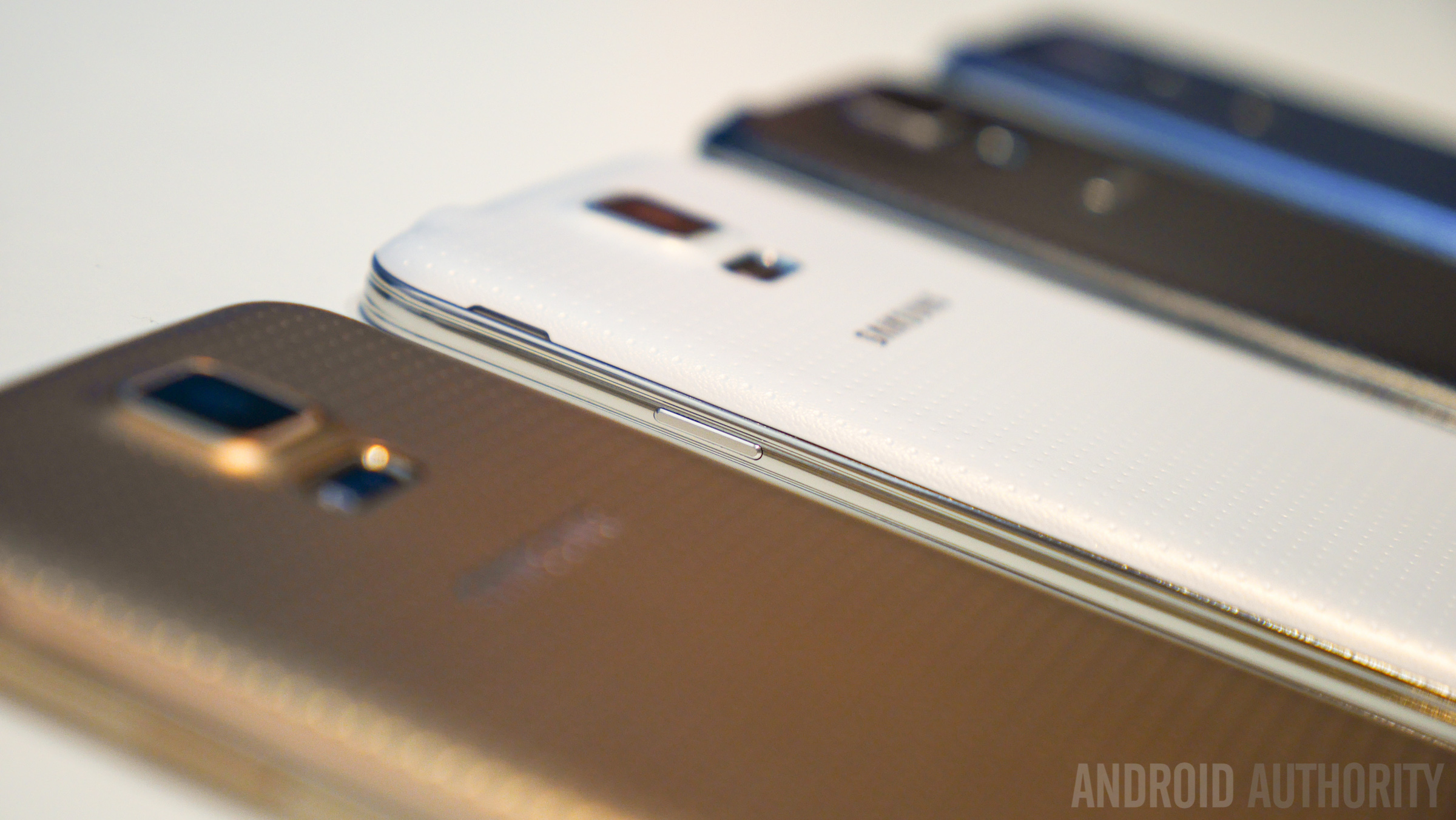 Samsung Galaxy S5 Color Comparison -1160820