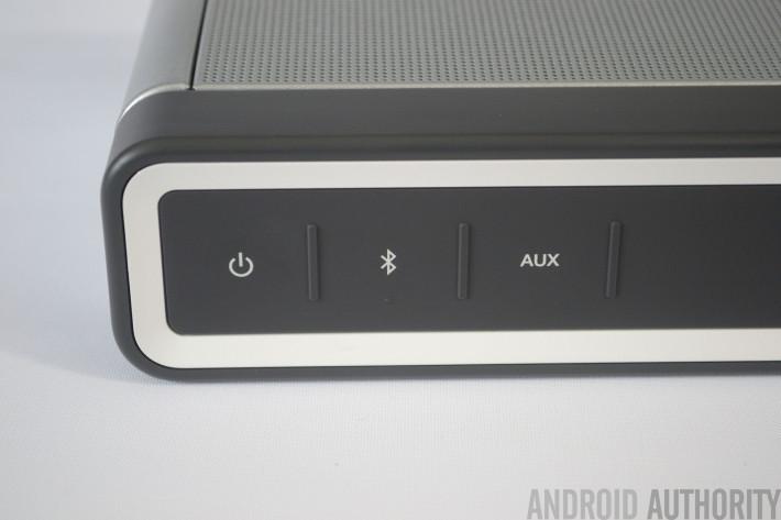 bose-soundlink-3-aa-buttons