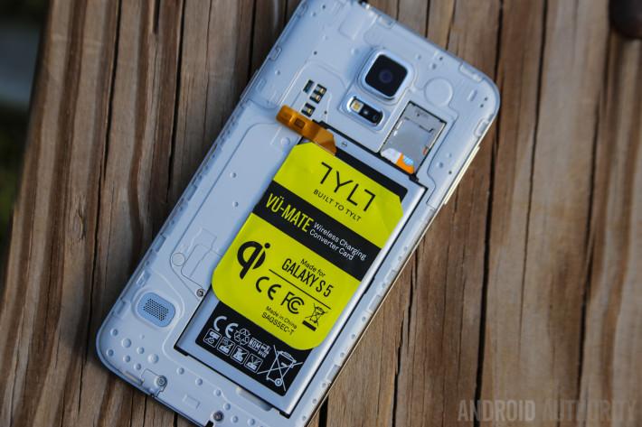 Samsung-Galaxy-S5-Wireless-Charging-9