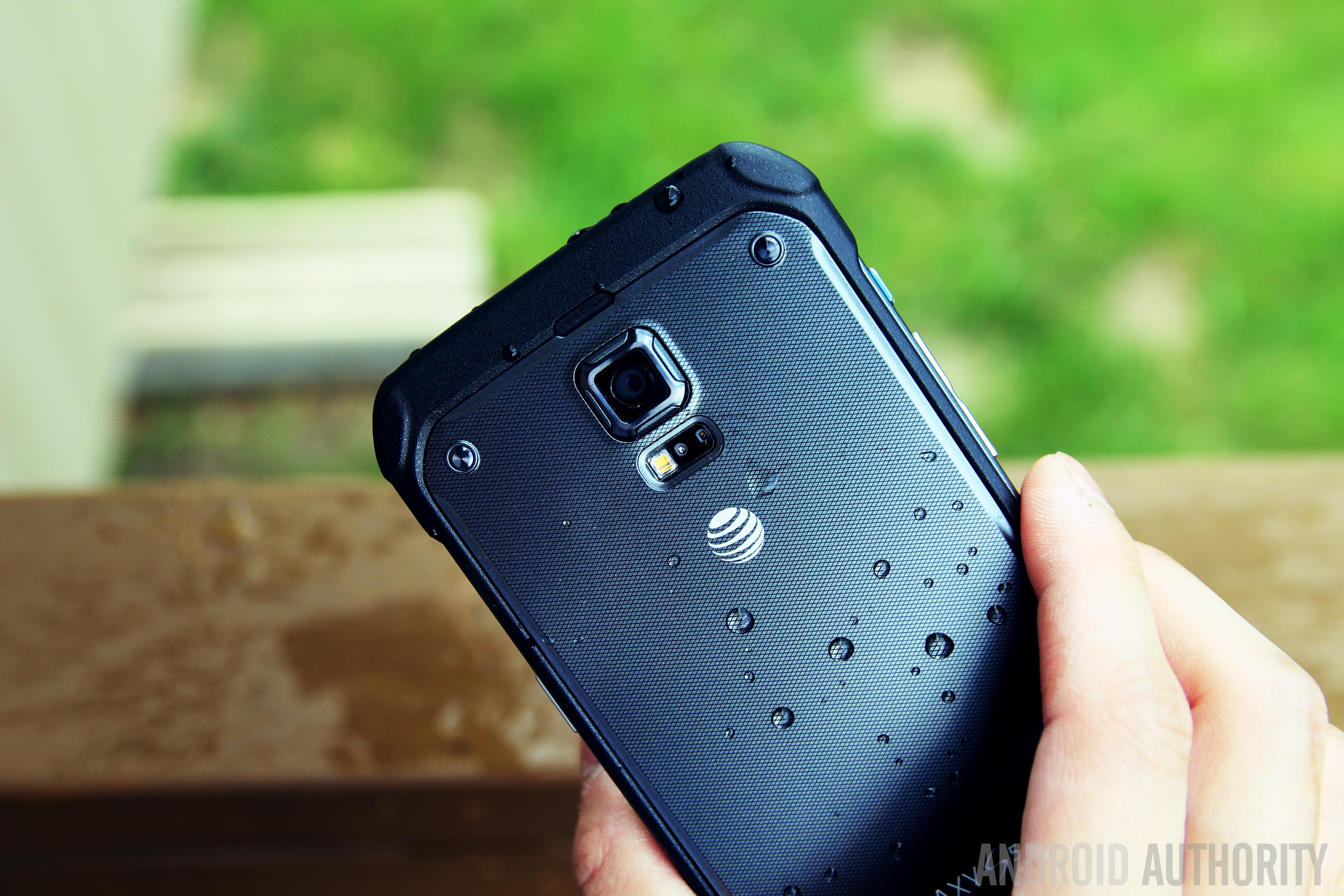 Samsung Galaxy S5 Active-25