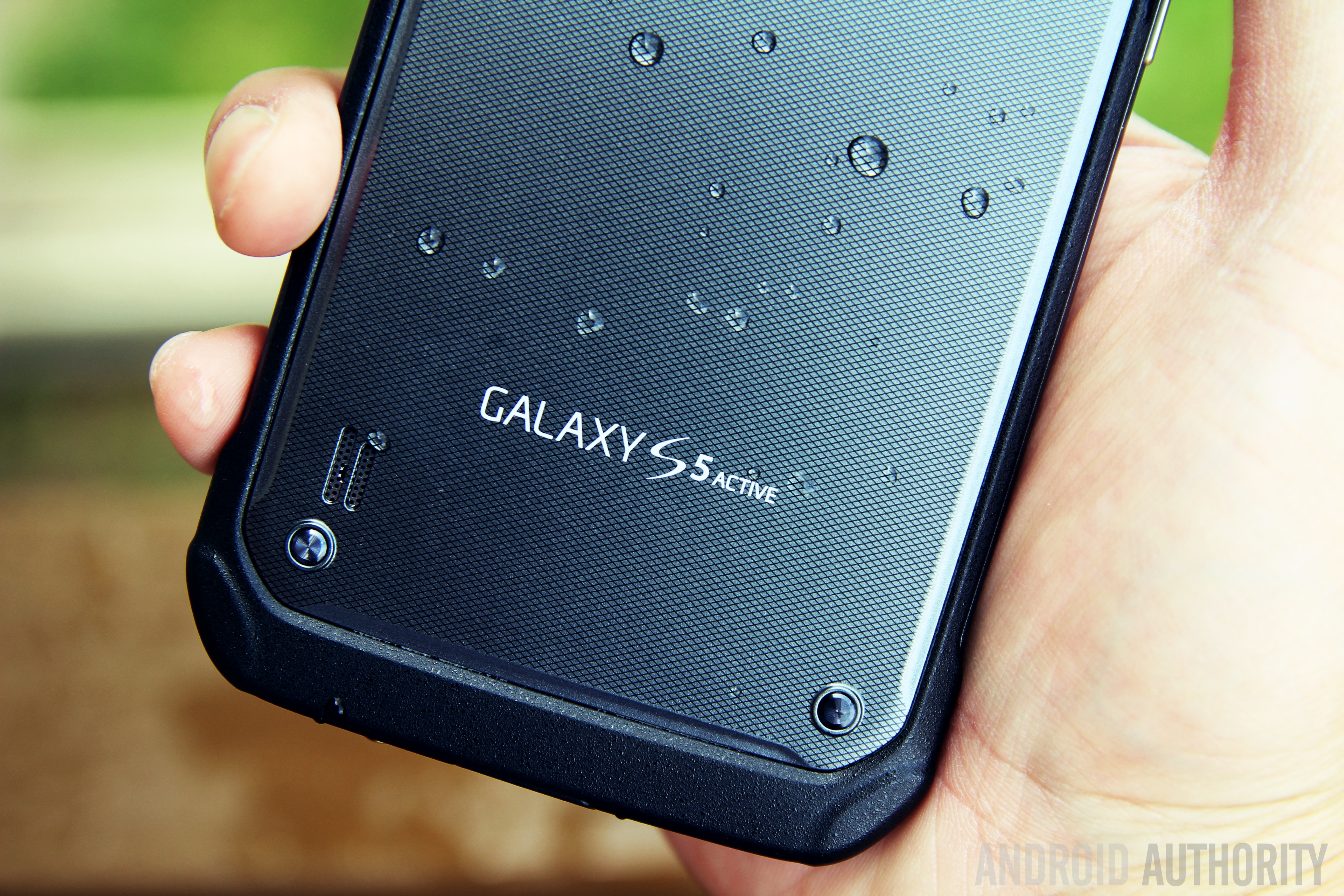 samsung galaxy s5 active review a true flagship in a. Black Bedroom Furniture Sets. Home Design Ideas