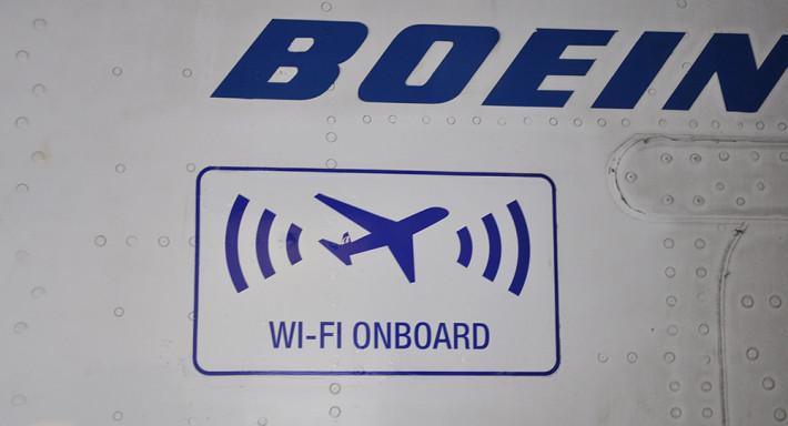 airtran_gogoinflight_boeing_1000