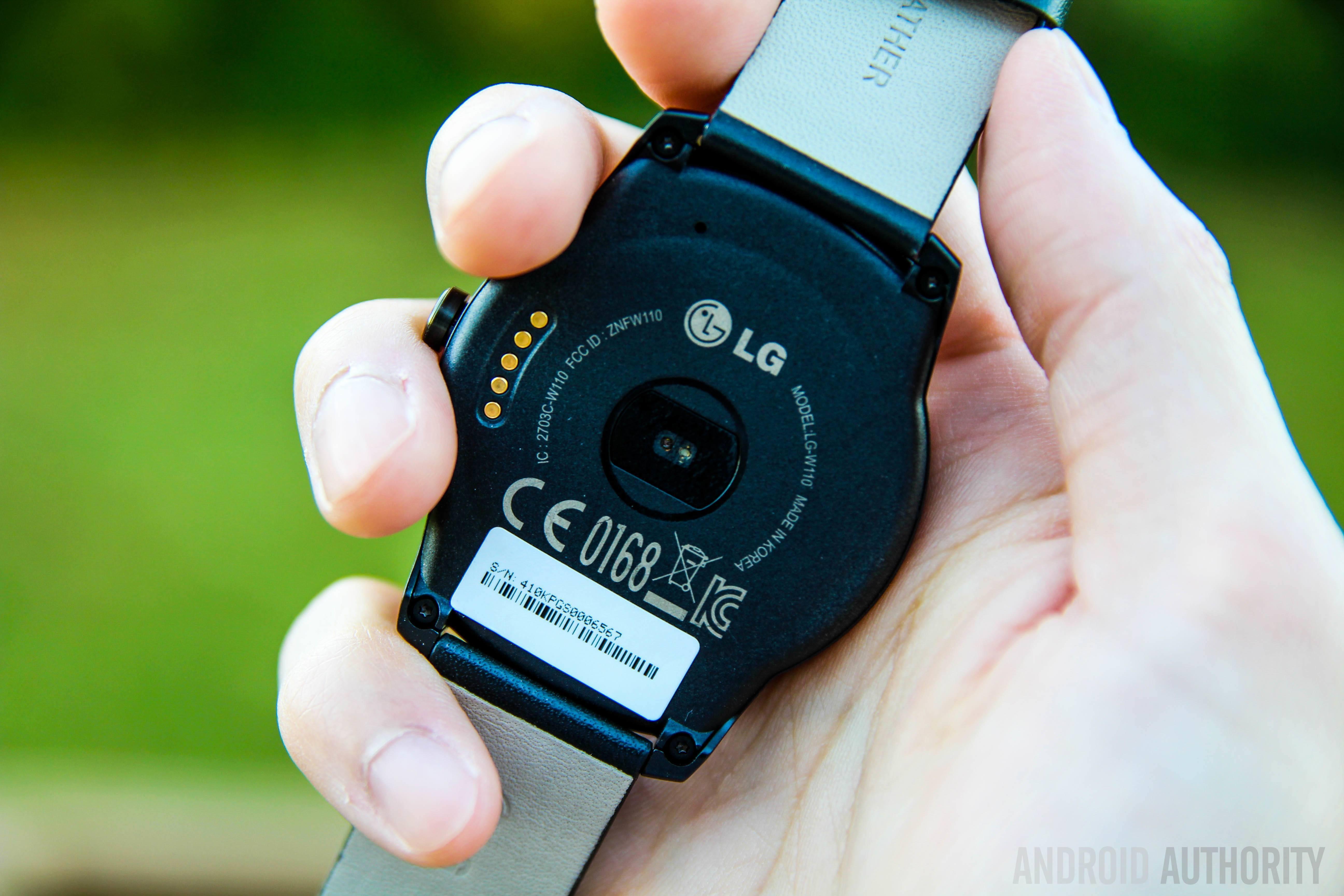 LG-G-Watch-R-10