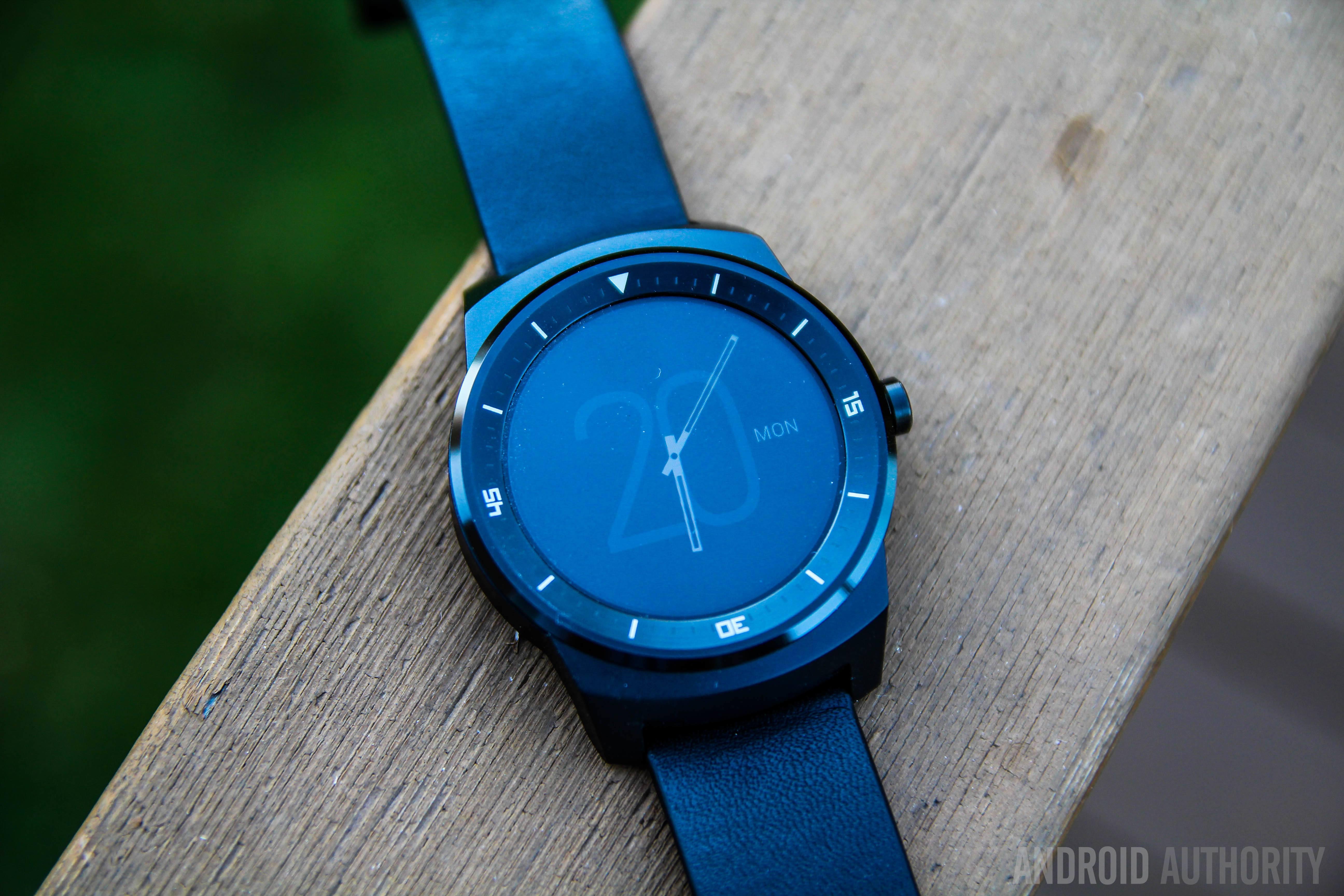 LG G Watch R-12
