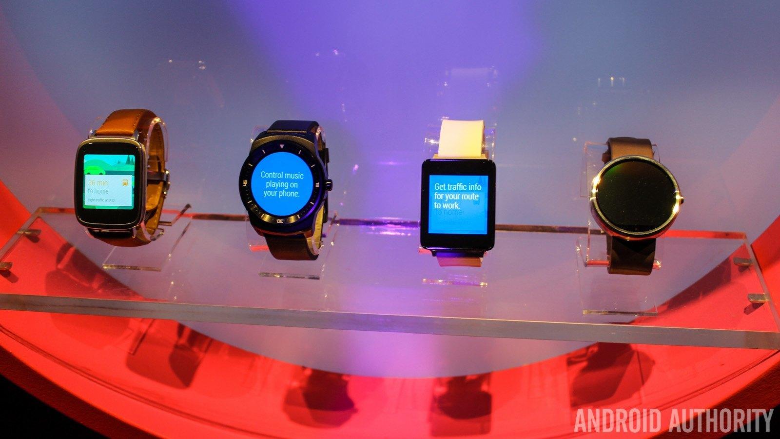 LG G Watch Sony Smartwatch 3 Moto 360 LG G Watch R Android Wear-5