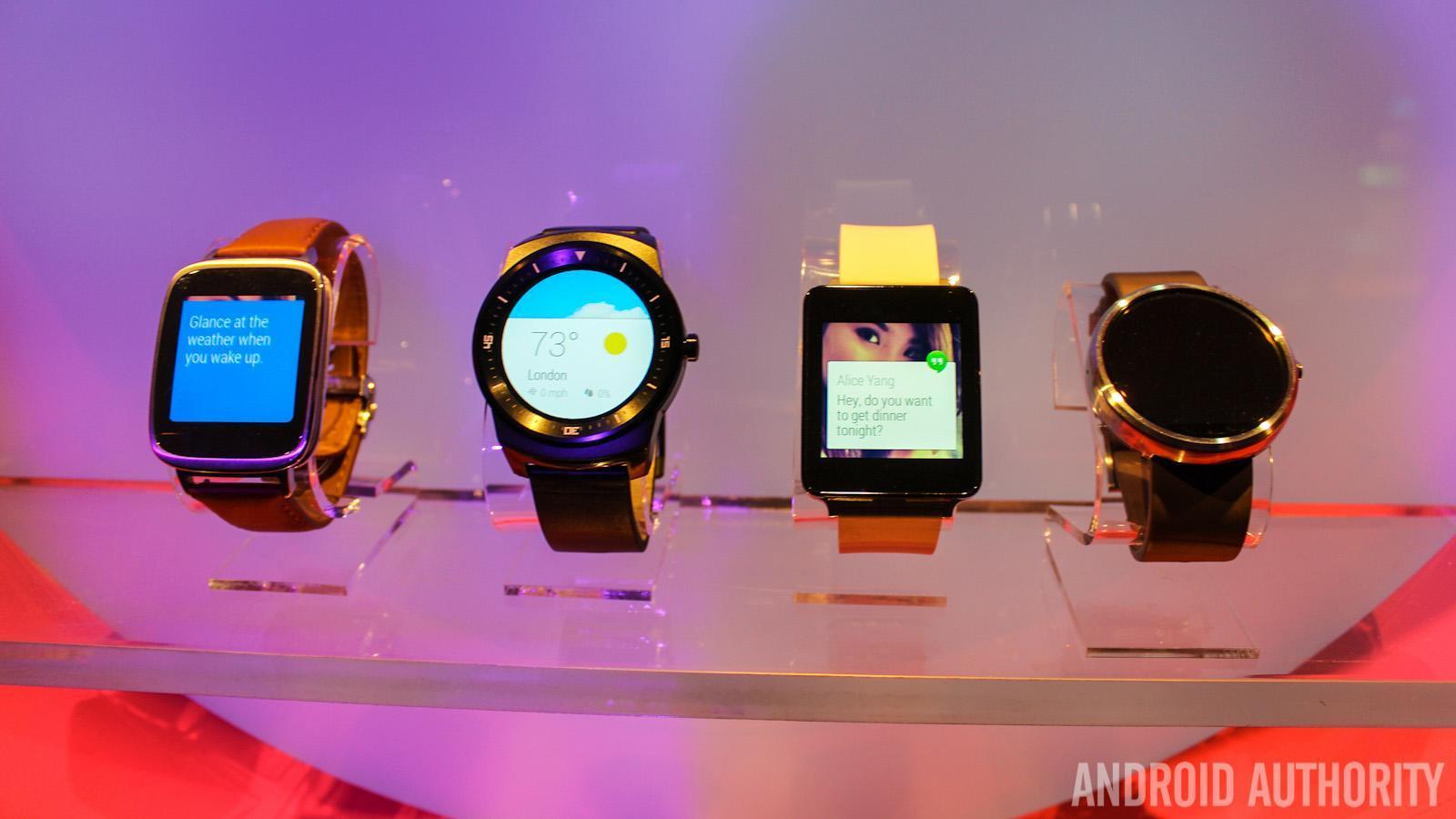 LG G Watch Sony Smartwatch 3 Moto 360 LG G Watch R Android Wear-8