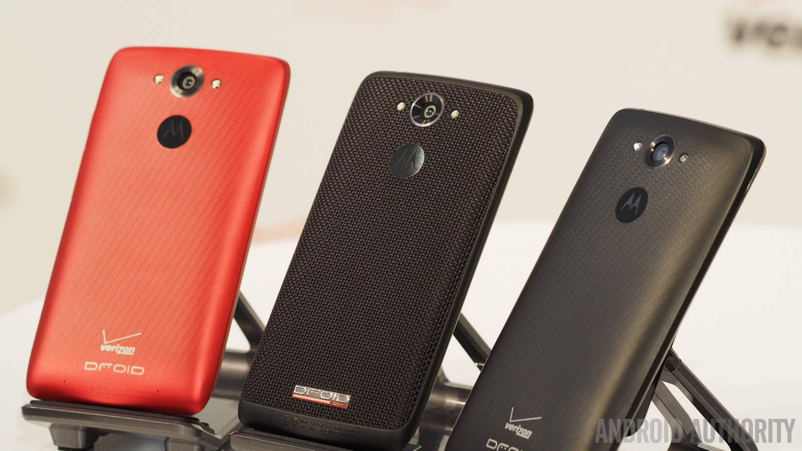 Motorola droid turbo in pictures