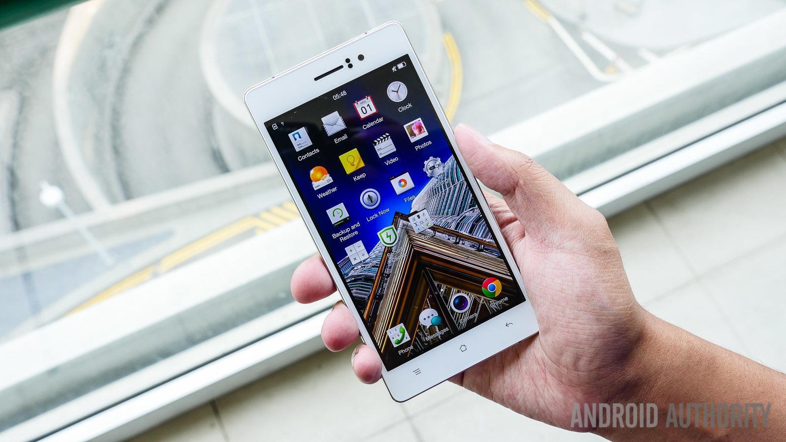 صور هاتف Oppo R5 :