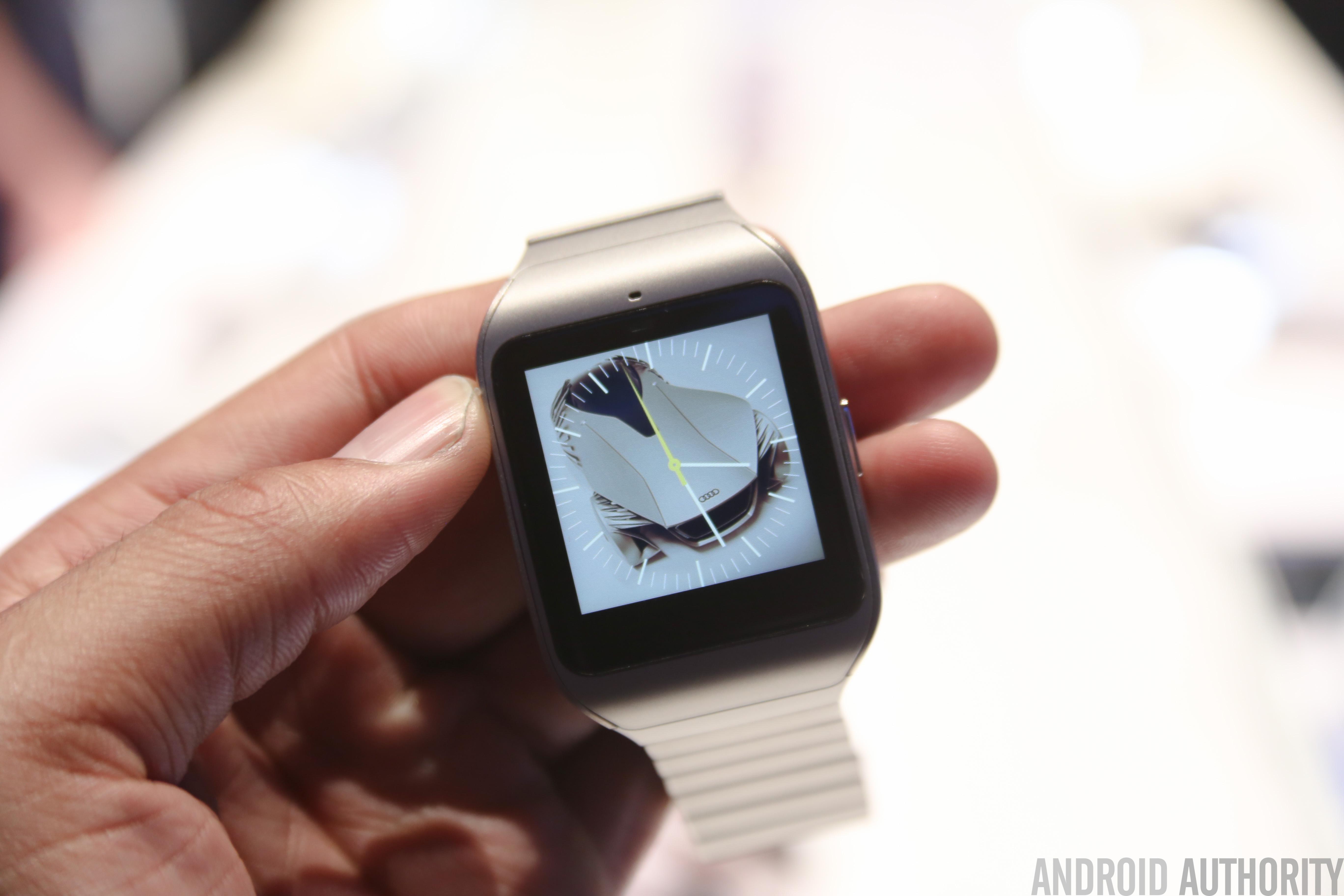 Sony SmartWatch 3 steel model hands on