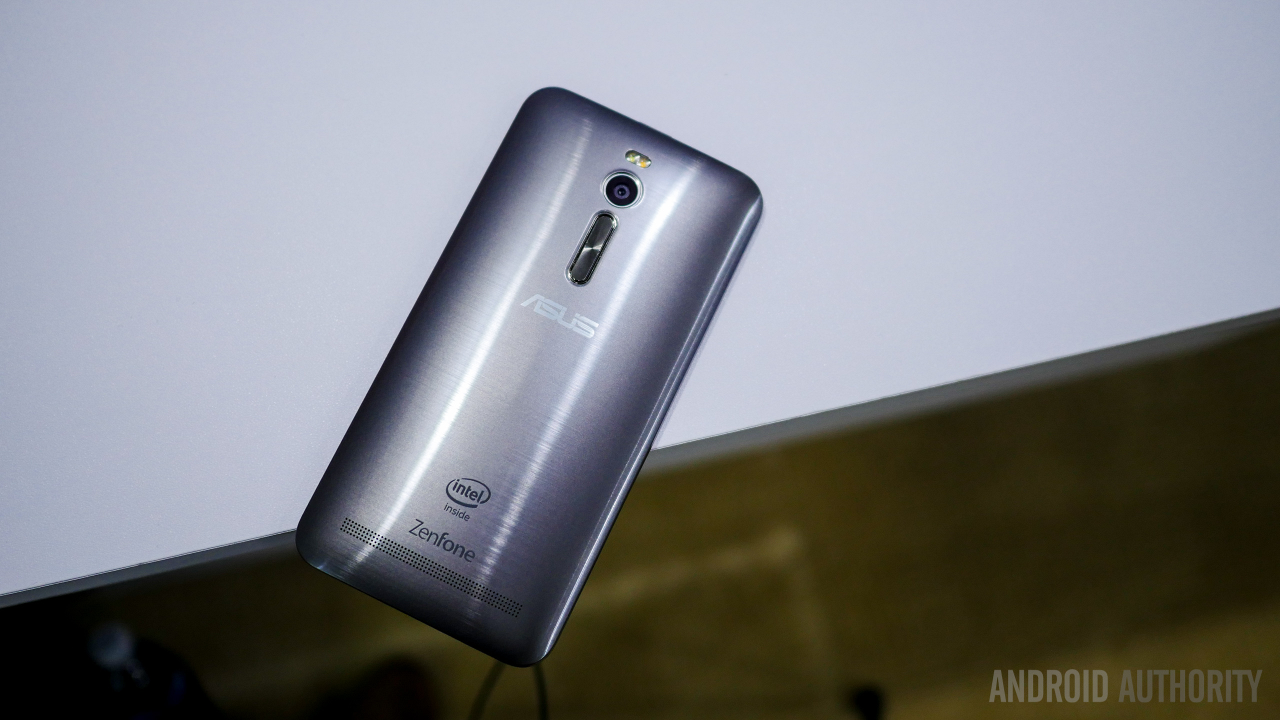 asus zenfone 2 first look a (10 of 19)