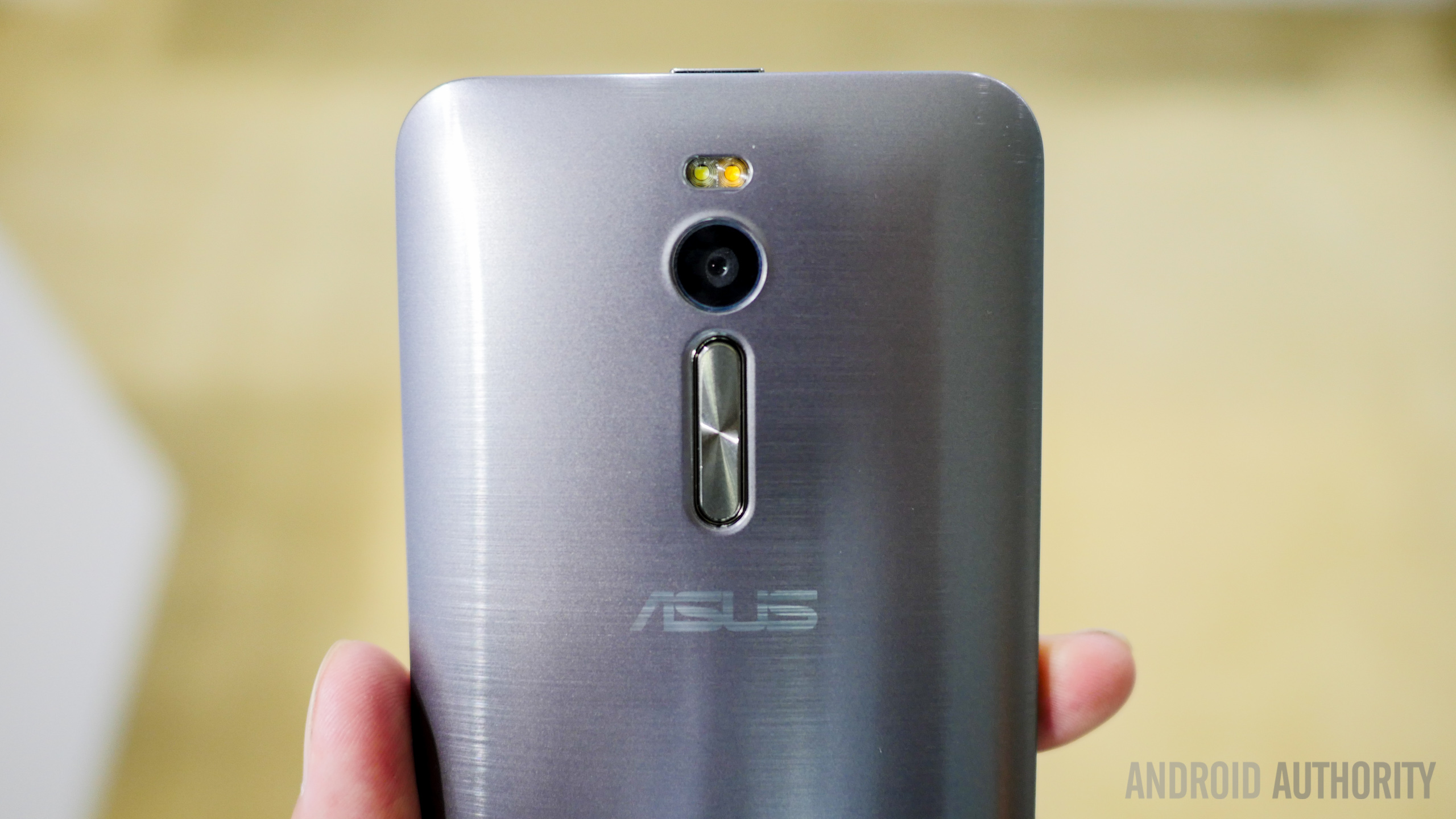 asus zenfone 2 first look a (9 of 19)