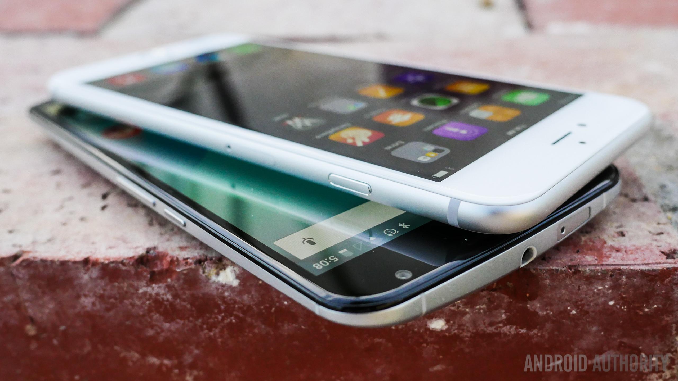 nexus 6 vs iphone 6 plus aa 10 of 24