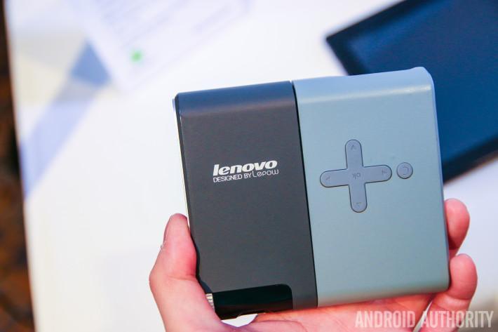 Lenovo Pocket Projector Hands On-13