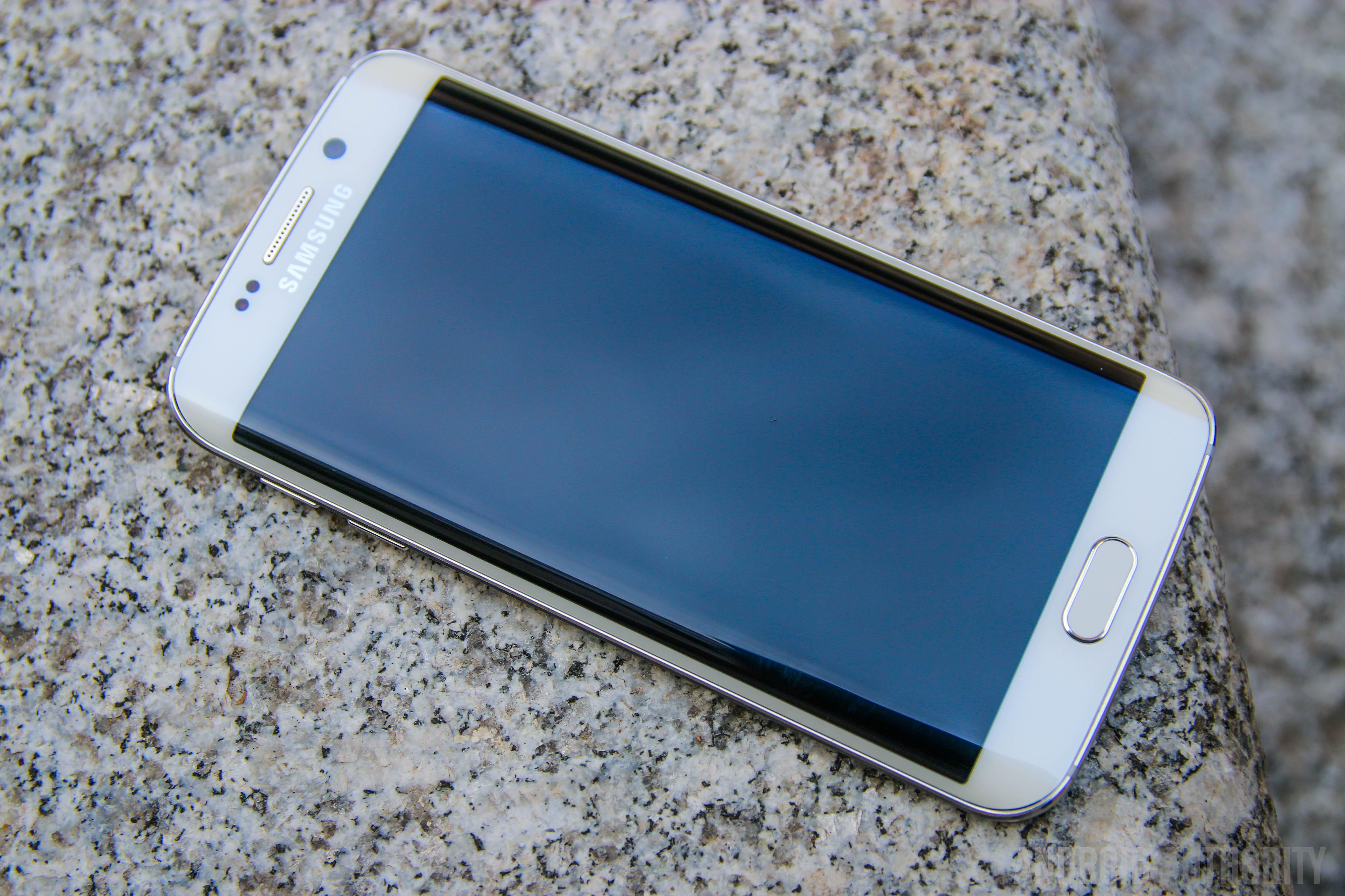 Samsung Galaxy S6 Edge-1
