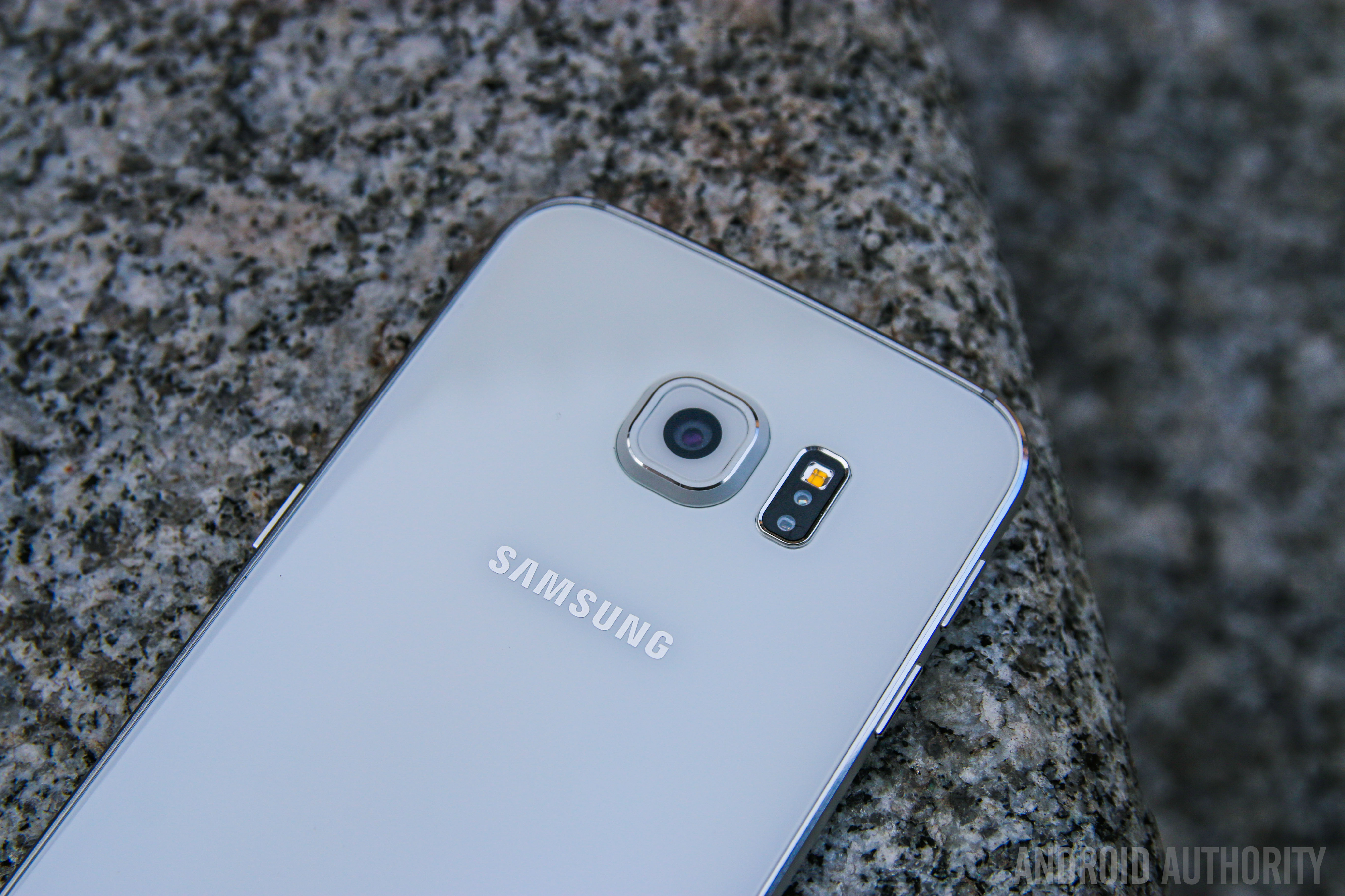 Here's a temporary fix for the missing quick toggles on your Samsung Galaxy S6 or S6 Edge