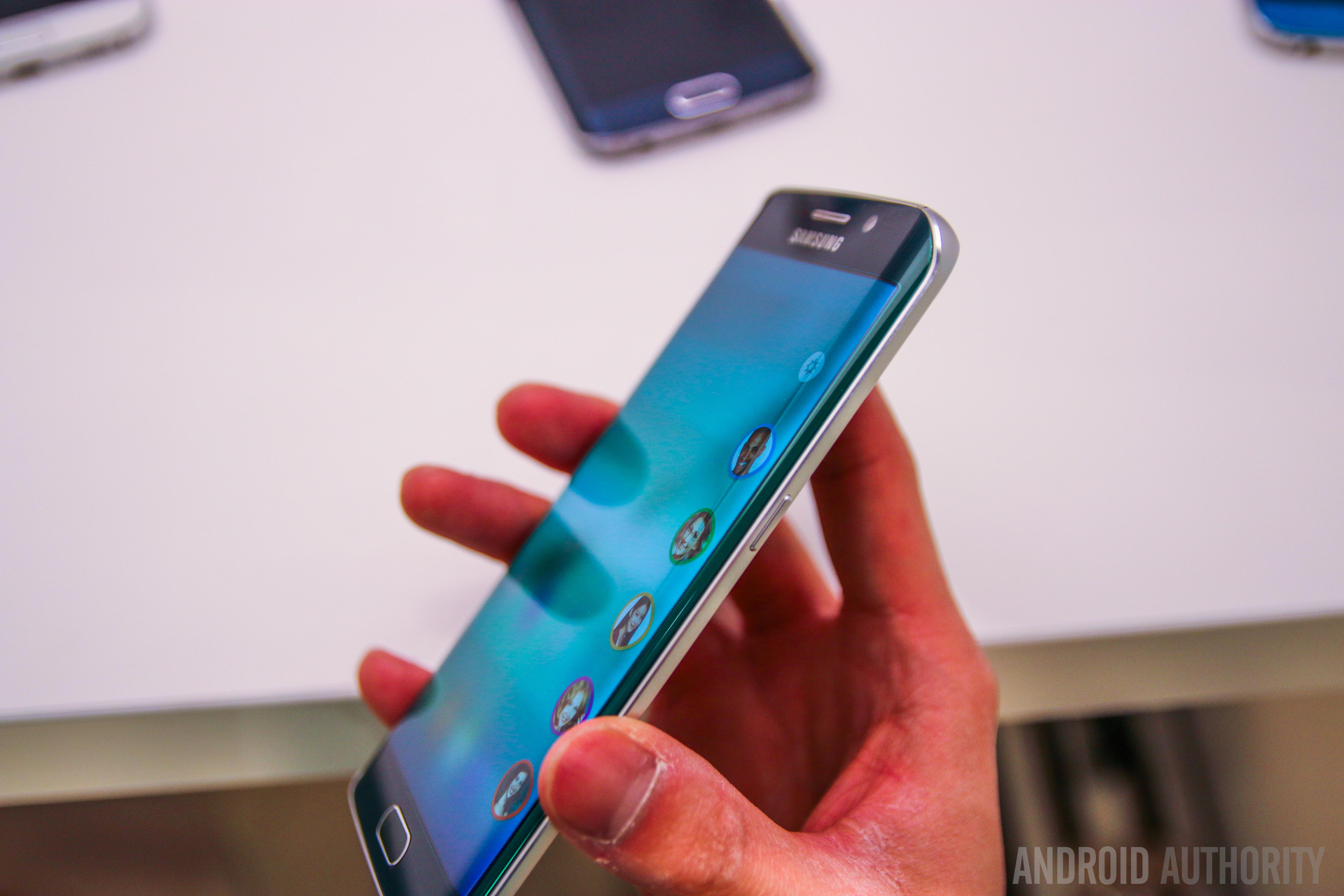 Samsung Galaxy S6 Edge Features-3