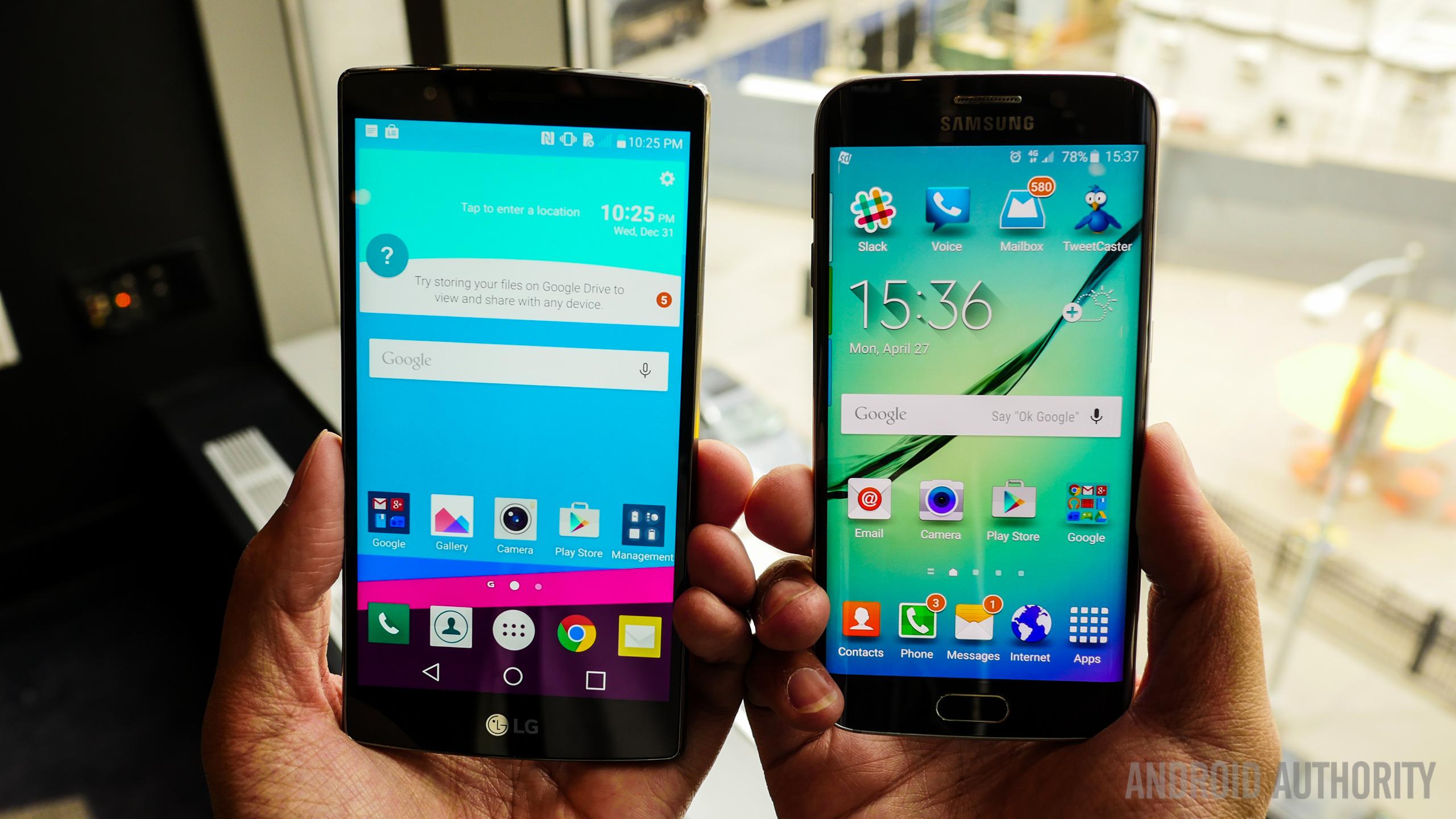 Opinion) Smartphone philosophy: Has Motorola had it right all along?