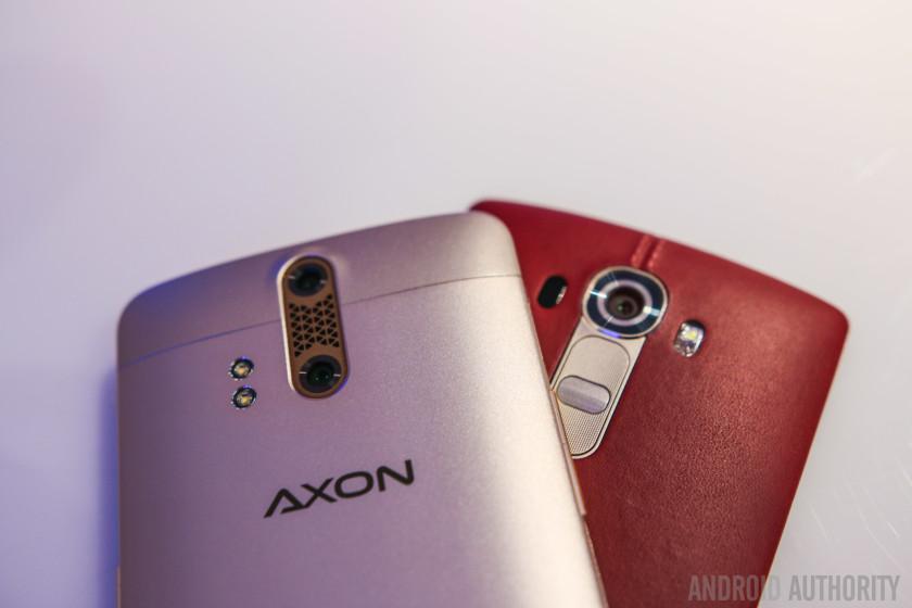 ZTE AXON Phone vs LG G4 Quick Look-2