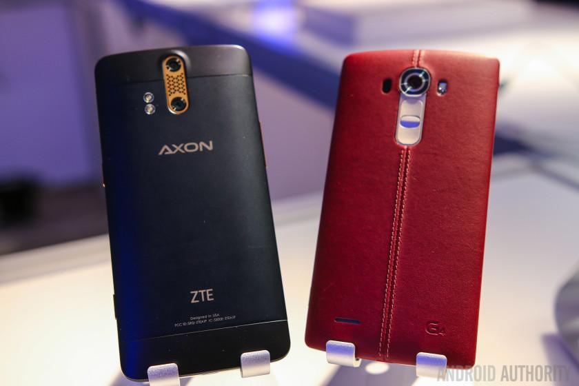 ZTE AXON Phone vs LG G4 Quick Look-5
