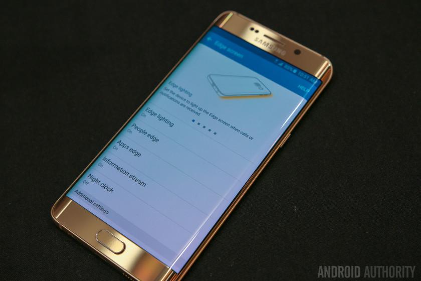 Samsung Galaxy S6 Edge Plus Hands On-31