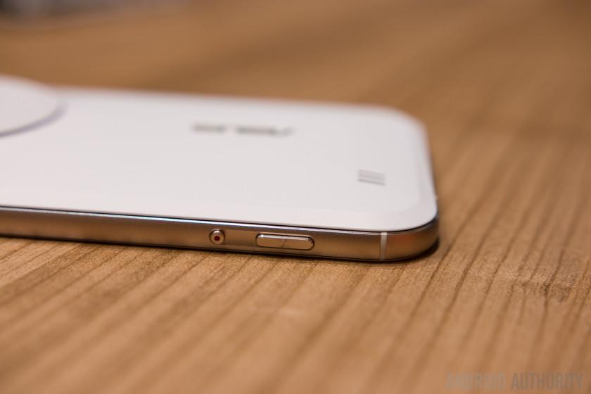 ASUS Zenfone Zoom Hands On-10