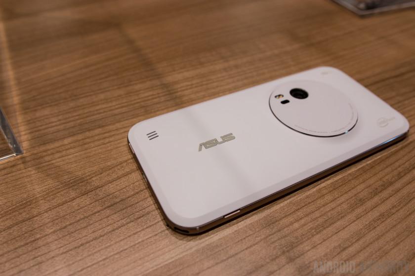 ASUS Zenfone Zoom Hands On-14