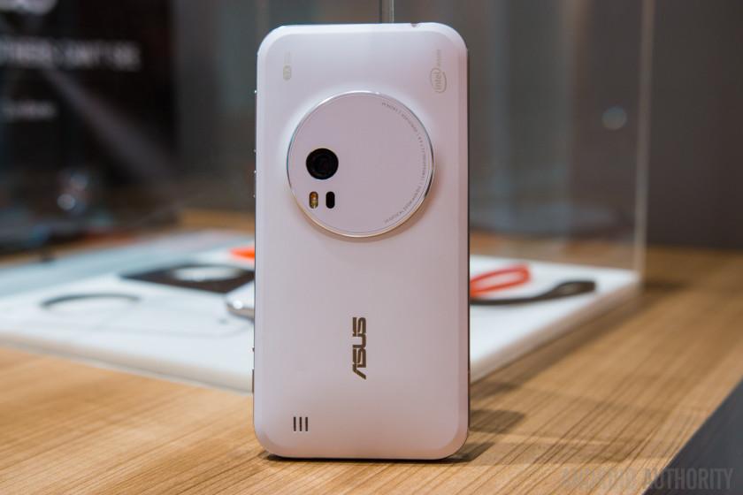 ASUS Zenfone Zoom Hands On-20