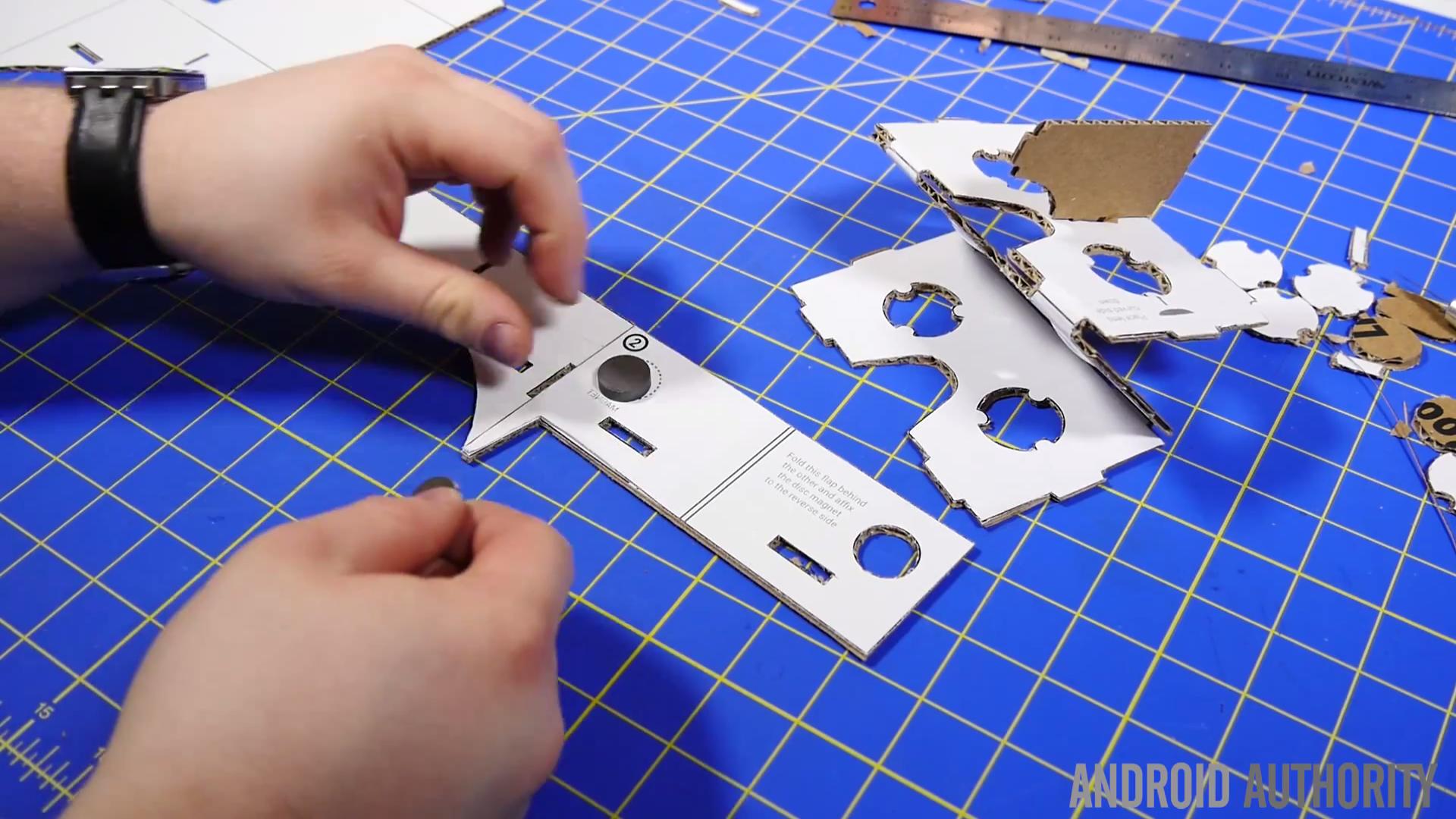 DIY Google Cardboard 12