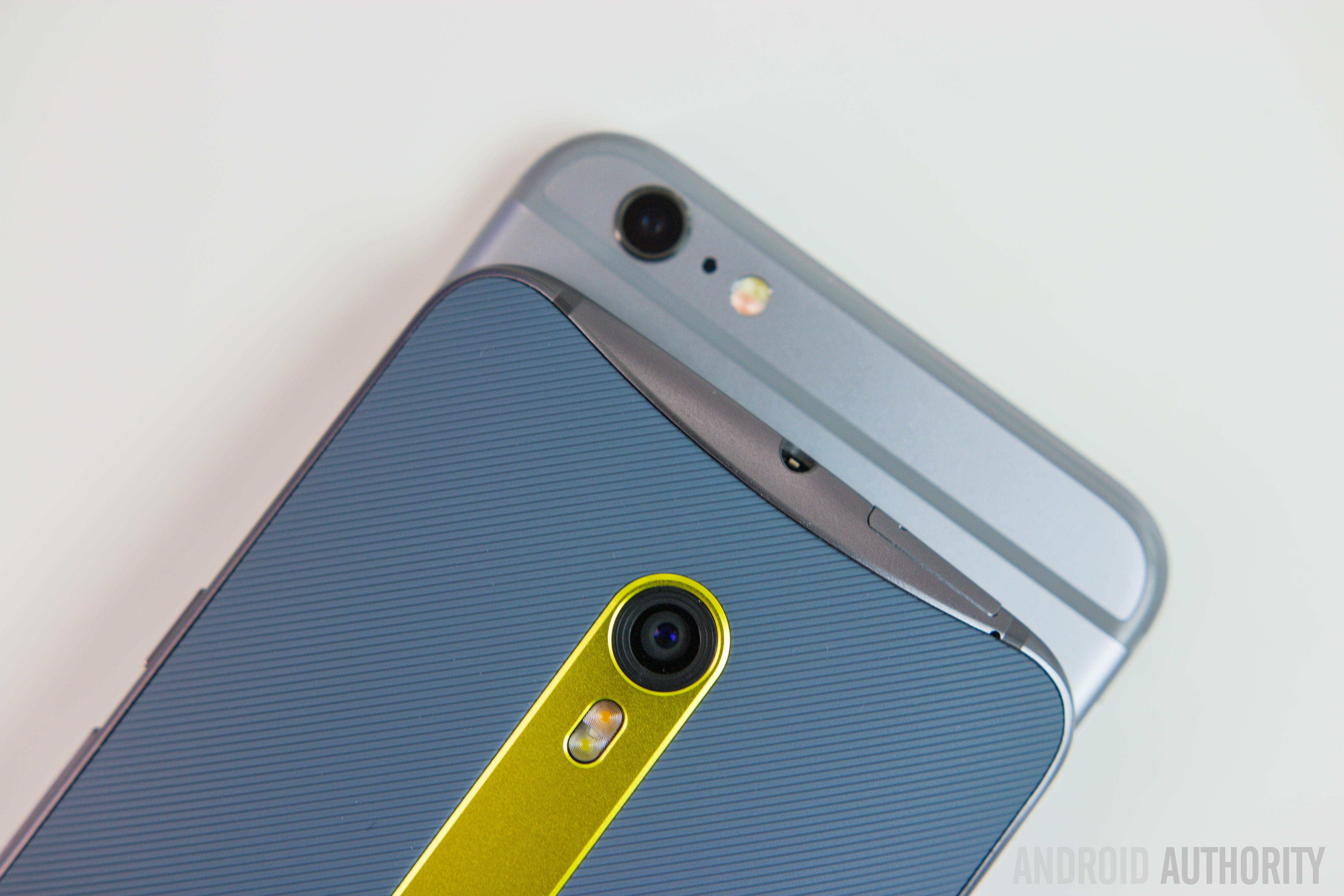 Moto X Pure Edition Vs iPhone 6S Plus-11