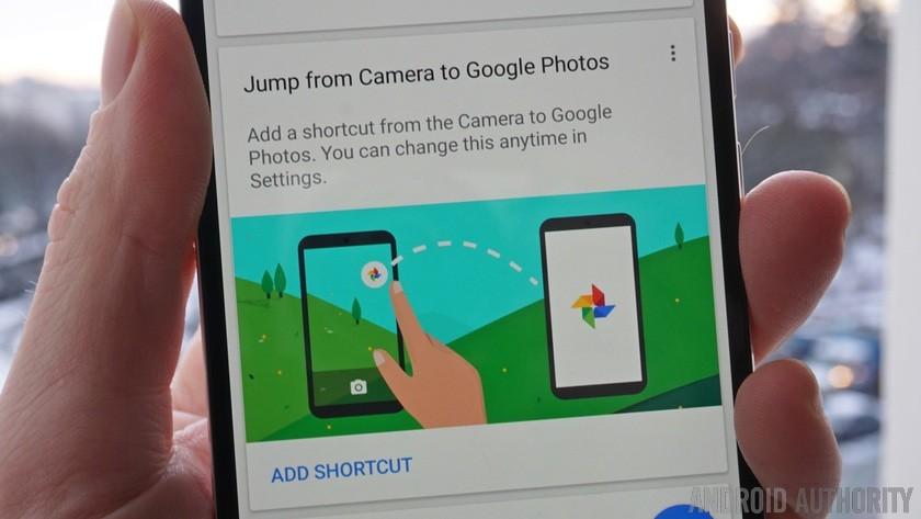 Google photos camera shortcut closeup
