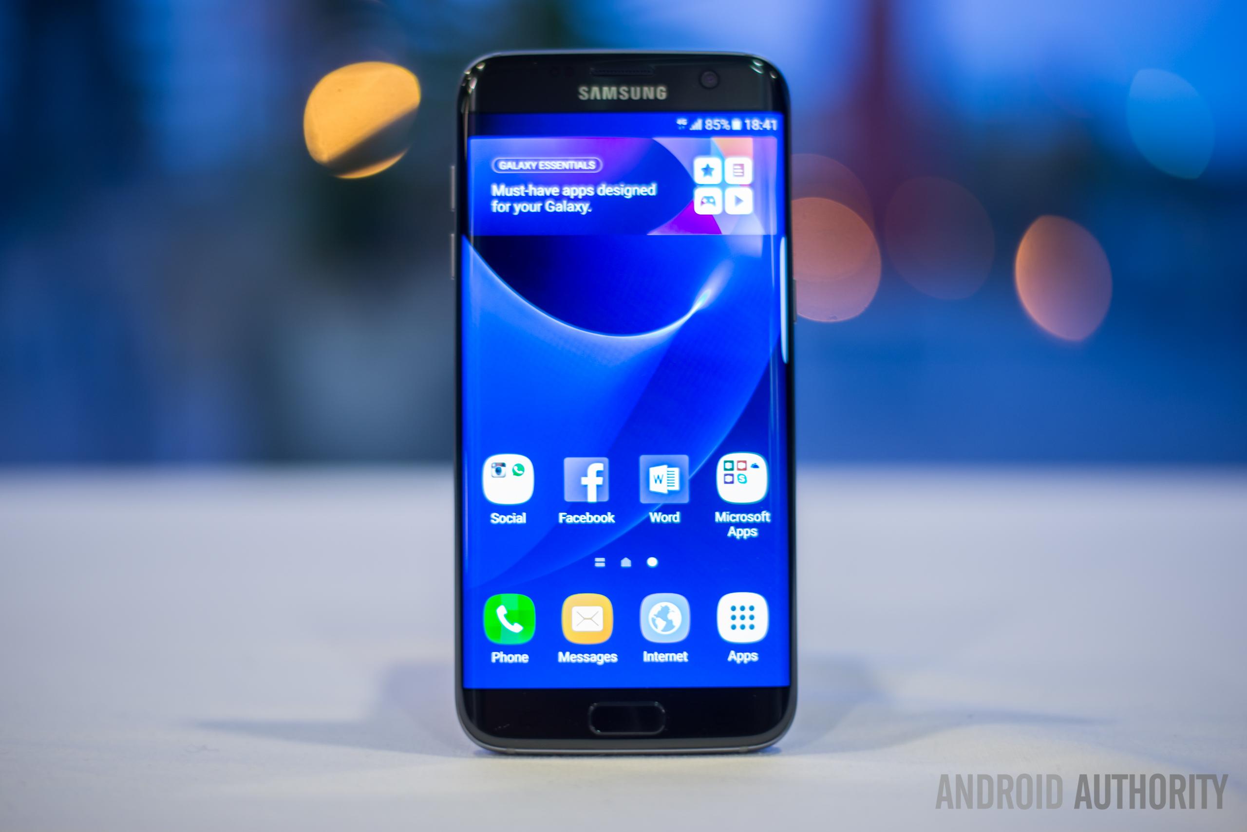 Samsung-Galaxy-S7-Edge-17