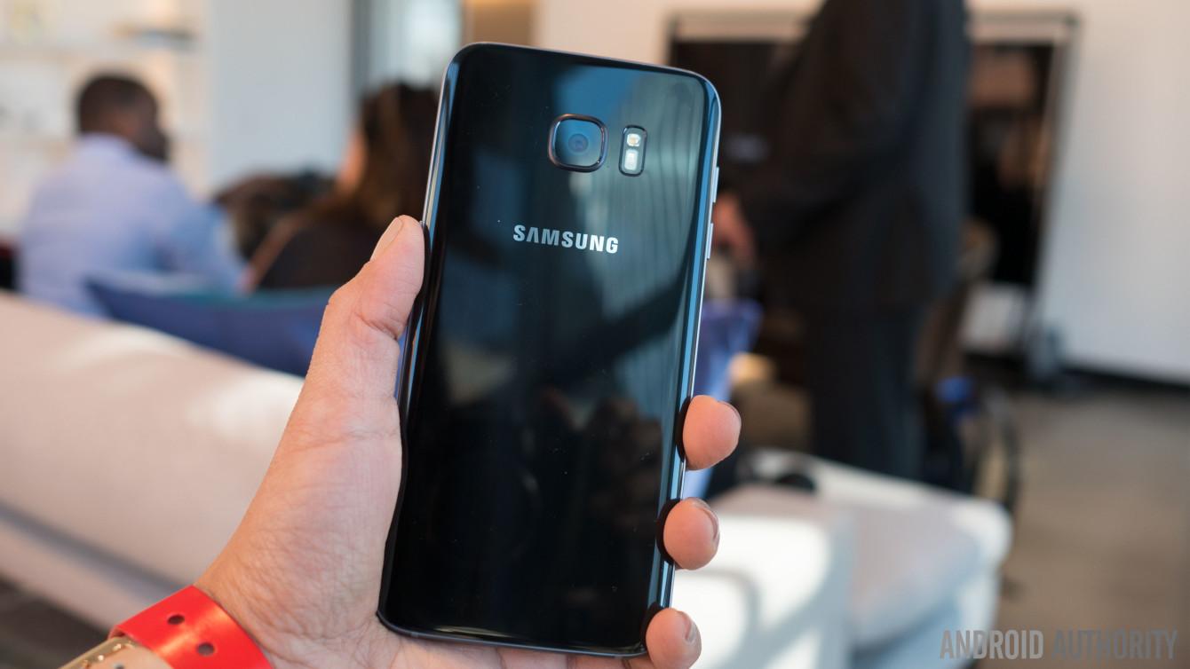 Samsung Galaxy S7 Edge Color Comparison