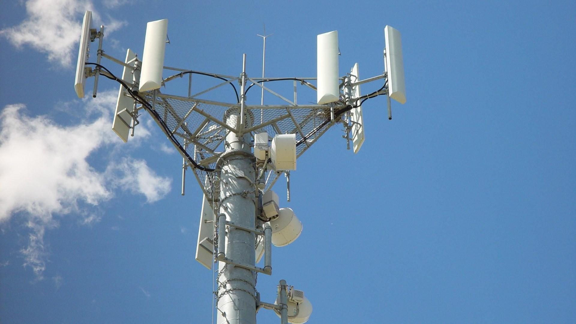 mobile network emiter