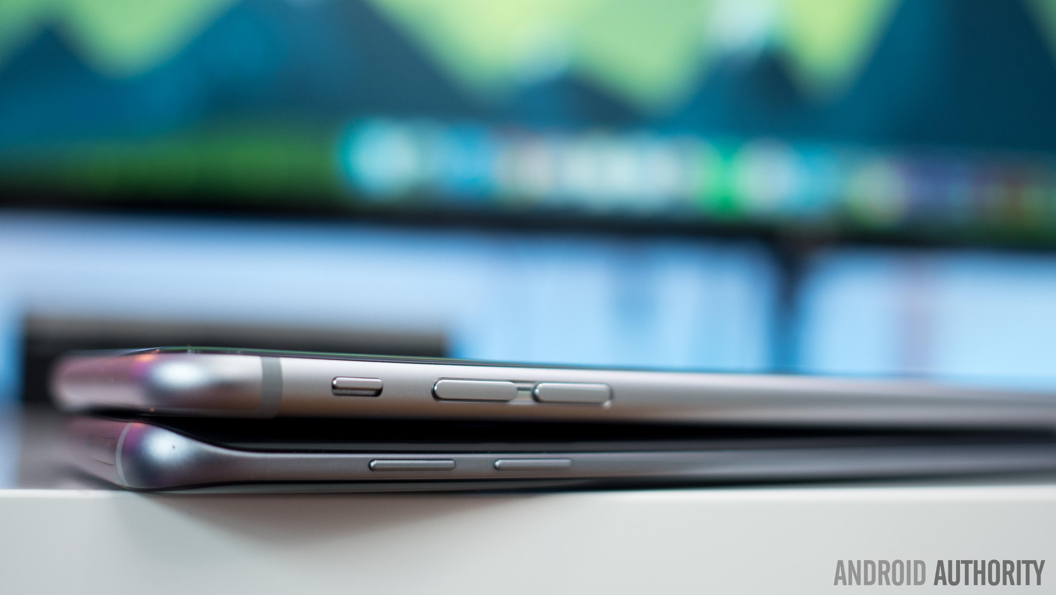 Galaxy-S7-Edge-vs-iPhone-6s-plus-4of18