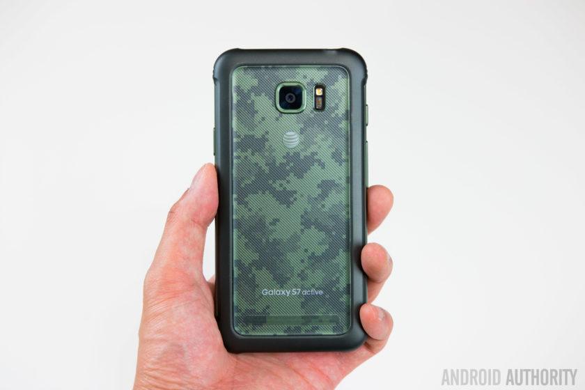 Samsung Galaxy S7 Active-16