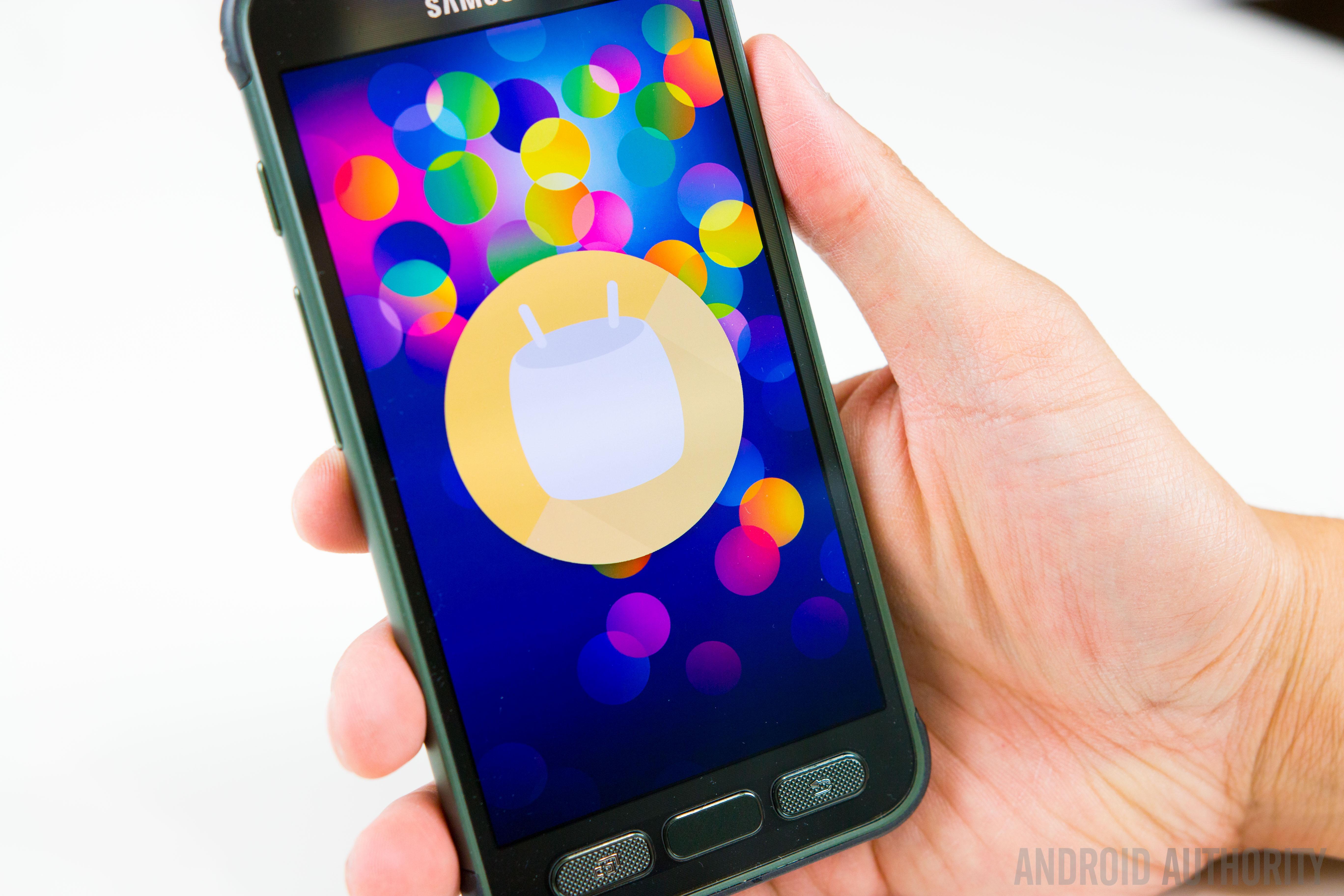 Samsung Galaxy S7 Active-21