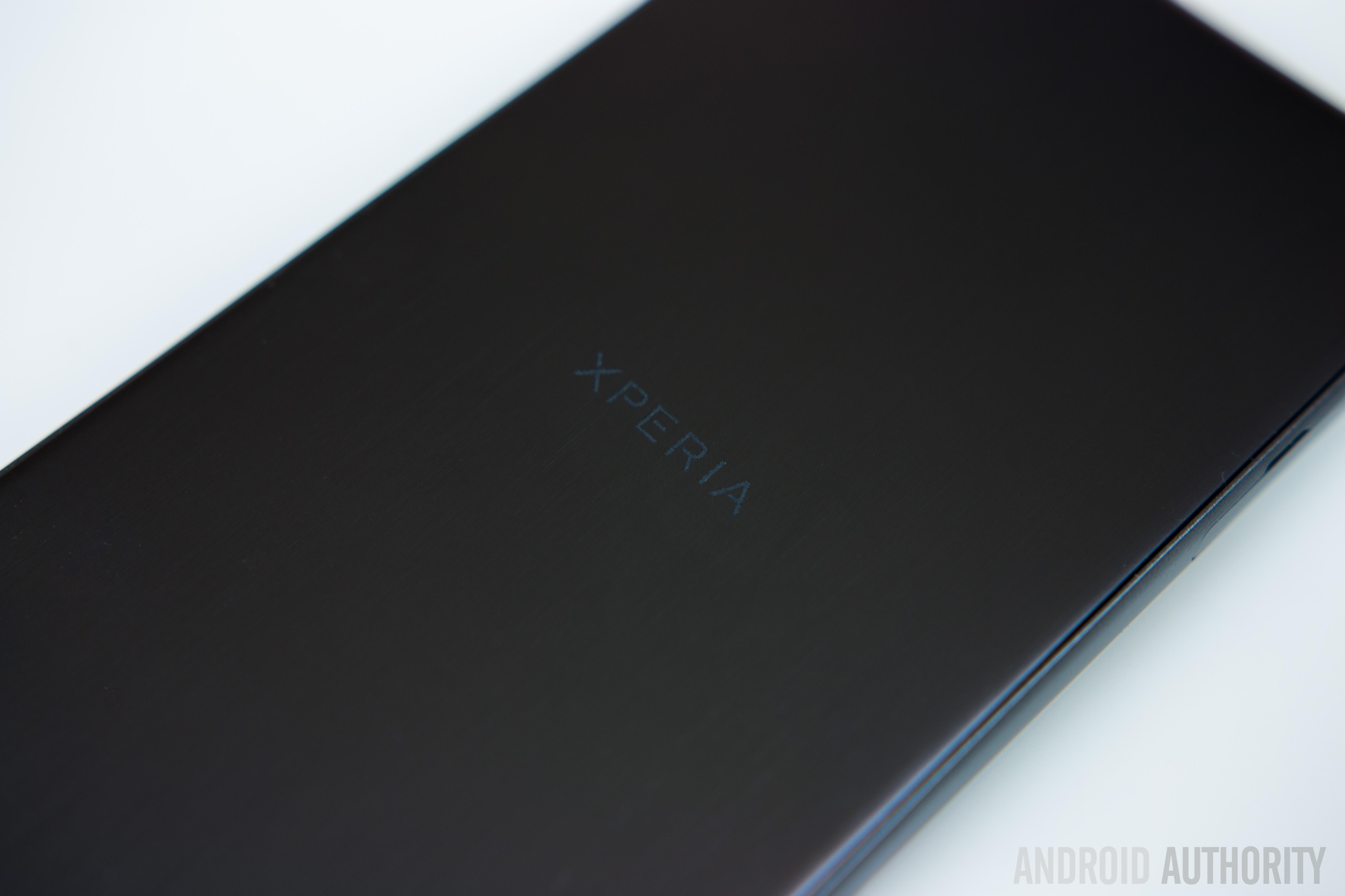 Sony Xperia X Performance-16