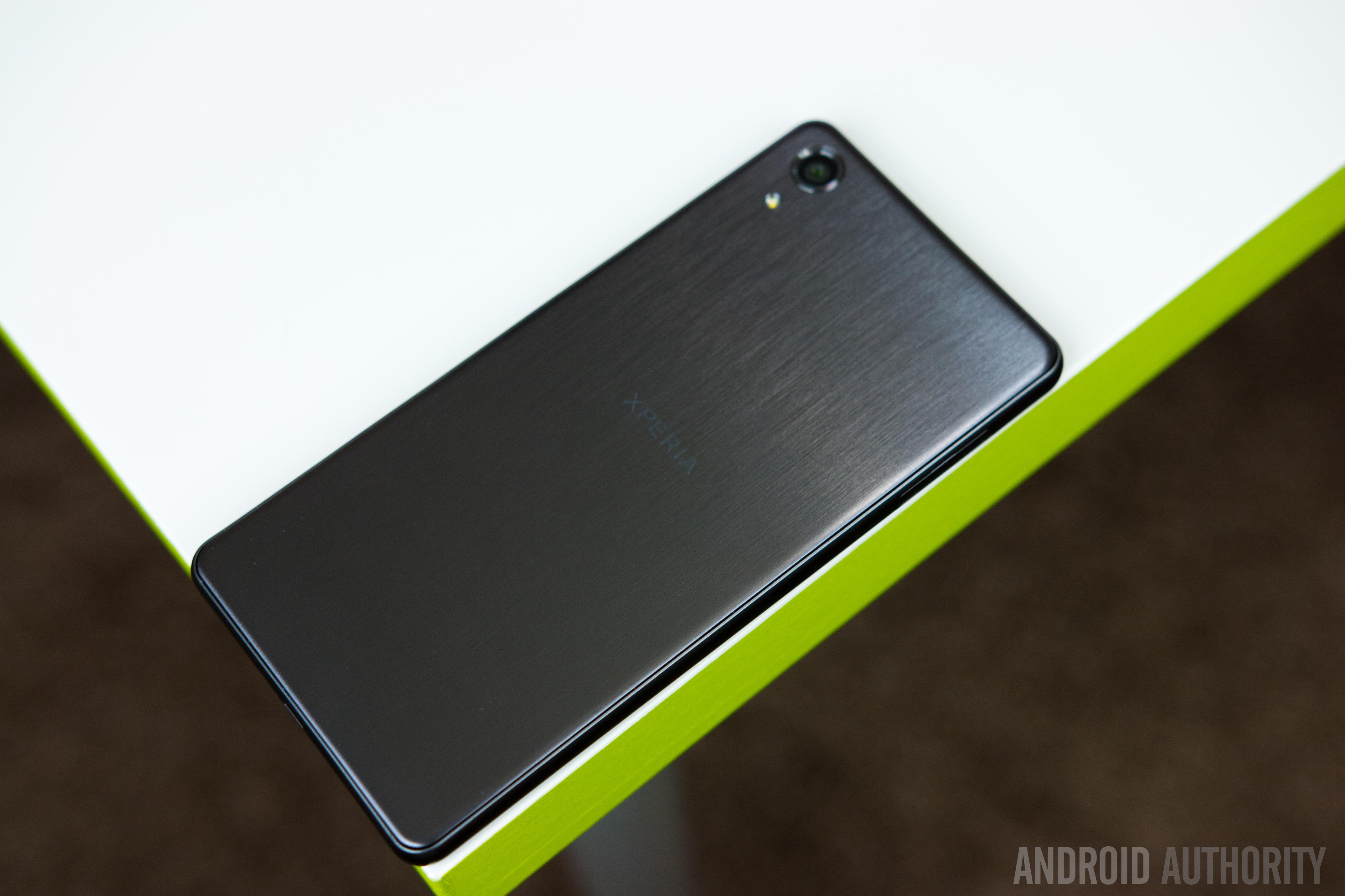 Sony Xperia X Performance-24