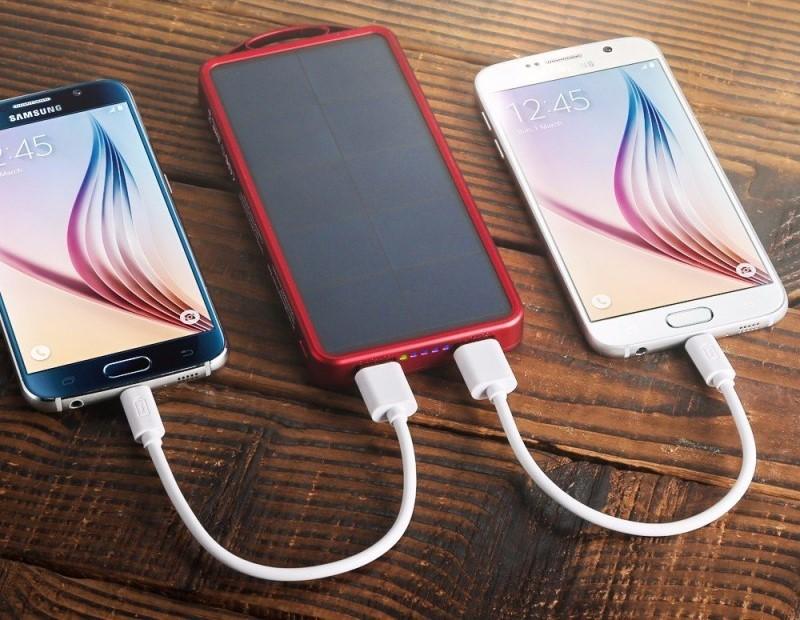 easyacc-8000mah-solar-power-bank-outdoor-portable-charger