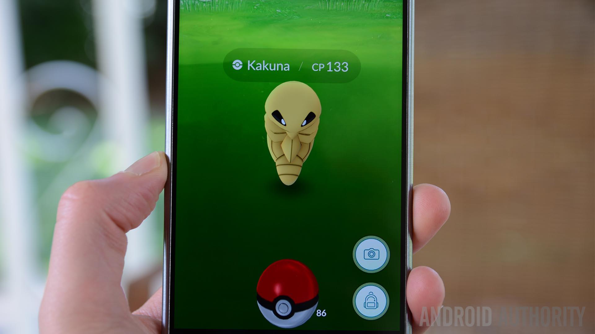 Pokemon Go Kakuna Capture screen